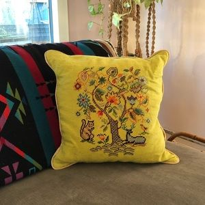 VTG  Needlepoint Tree of Life Accent Pillow